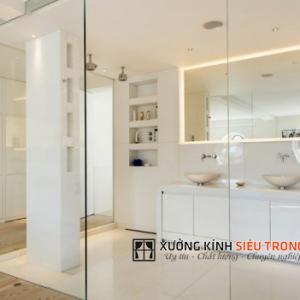 Vách kính phòng bếp